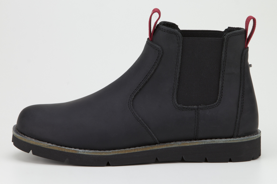 levi's jax leather chelsea boot in black